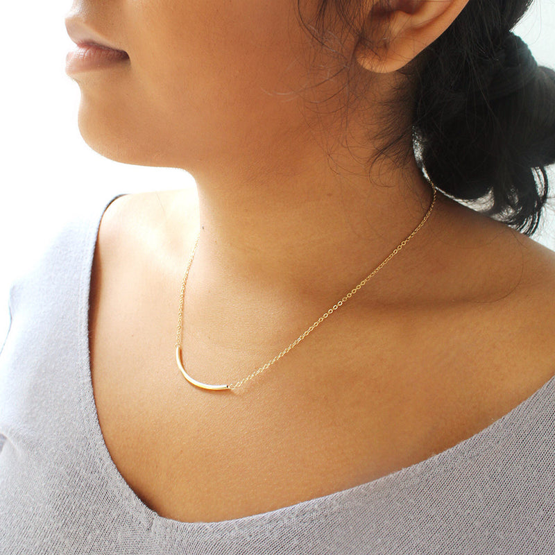 taudrey set the bar necklace dainty gold bar accent