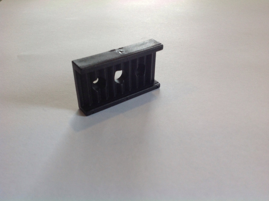 0036A Stretcher Fitting Flat (serrated type)