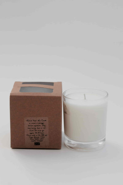 i gigi Glass Fresh Linen Scented Candle