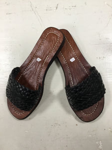 Basket Weave leather slides