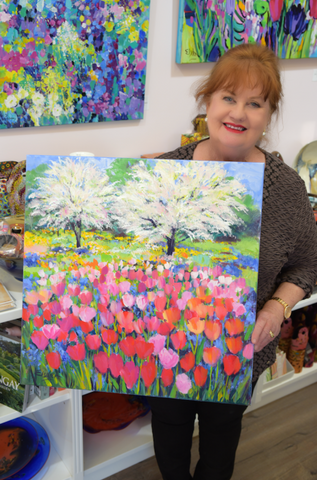 Diane Elsden with Monet's Garden