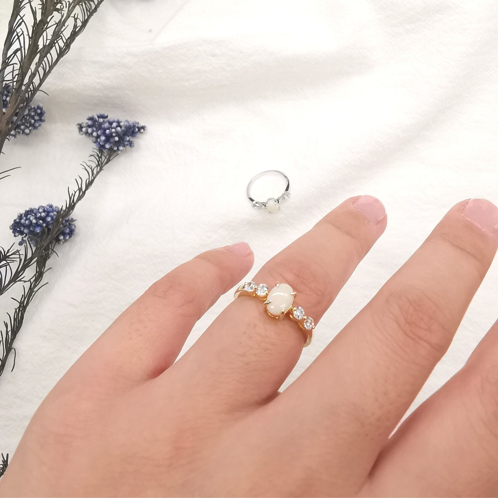 Dainty Solid Natural Opal Ring With Cubic Zirconia - Bolino Studio - Minimalist Jewellery