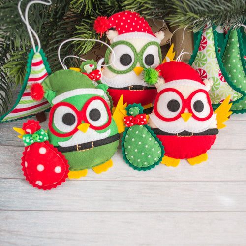 Christmas_tree_ornaments