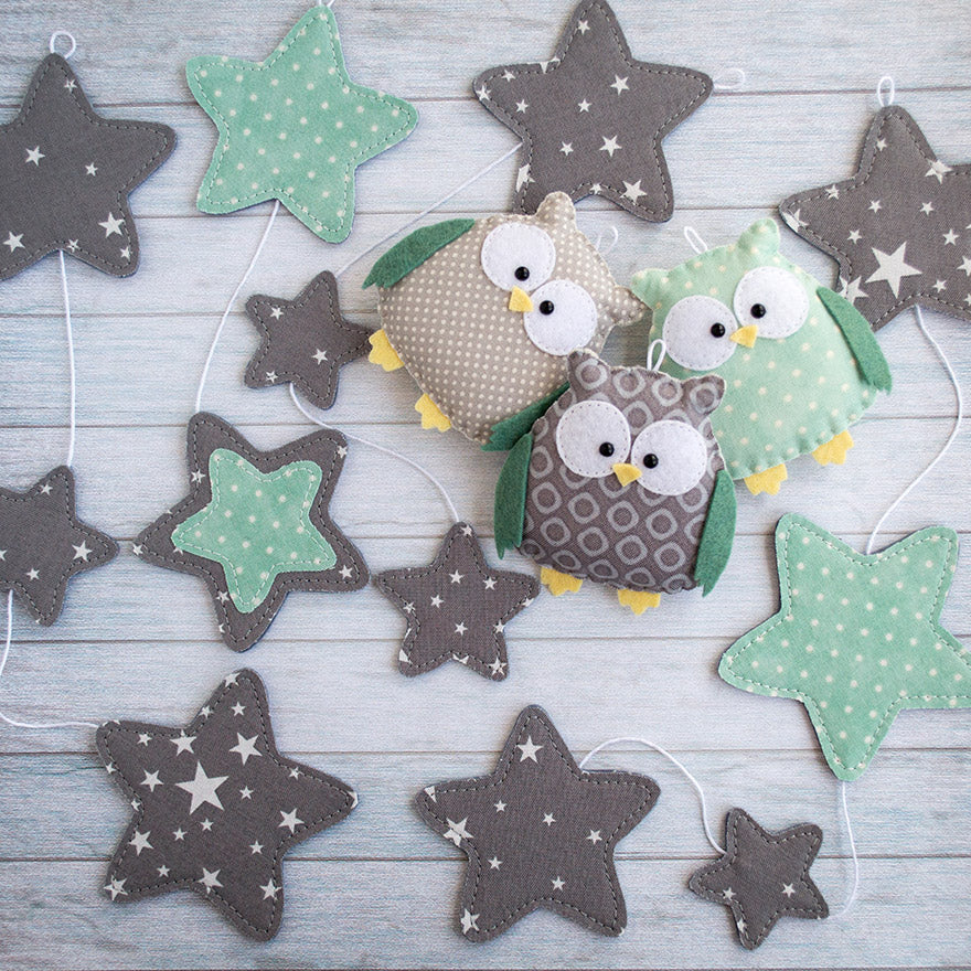 Gray_and_mint_baby_garland_with_owls