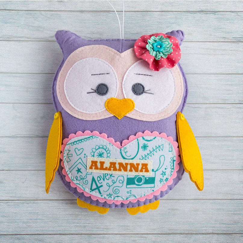 Personalized_felt_owl_is_a_great_girl_gift