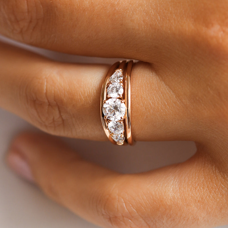 Bague de fiançailles bandeau en or et diamants | Deloison paris