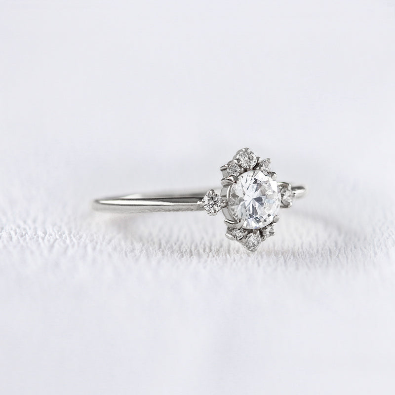 Bague de fiançailles en or 18 carats et diamants | Deloison Paris