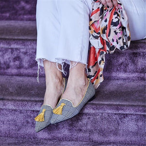 Women's Simple Fringed Pointed   Flat Shoes