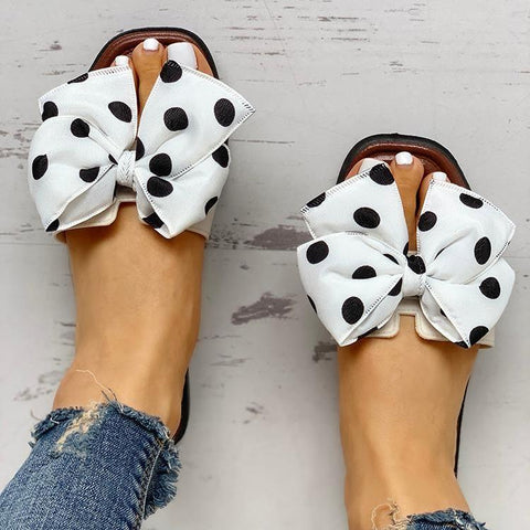 Put On Sandals And Slippers Outside The Polka Dot Bow