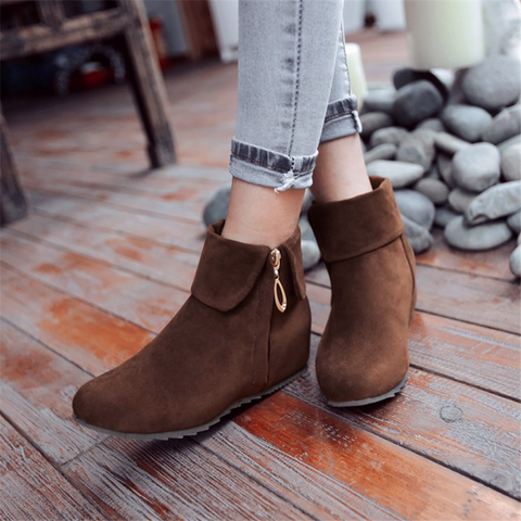 Women's Solid Color Side Zip Ankle Boots