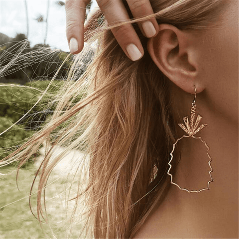 Fashion Simple Hollow Pineapple Alloy Earrings