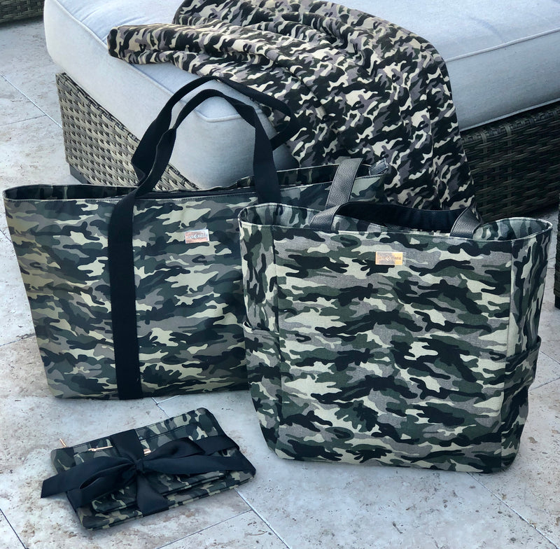 In Plain Sight Camo Beach Bag
