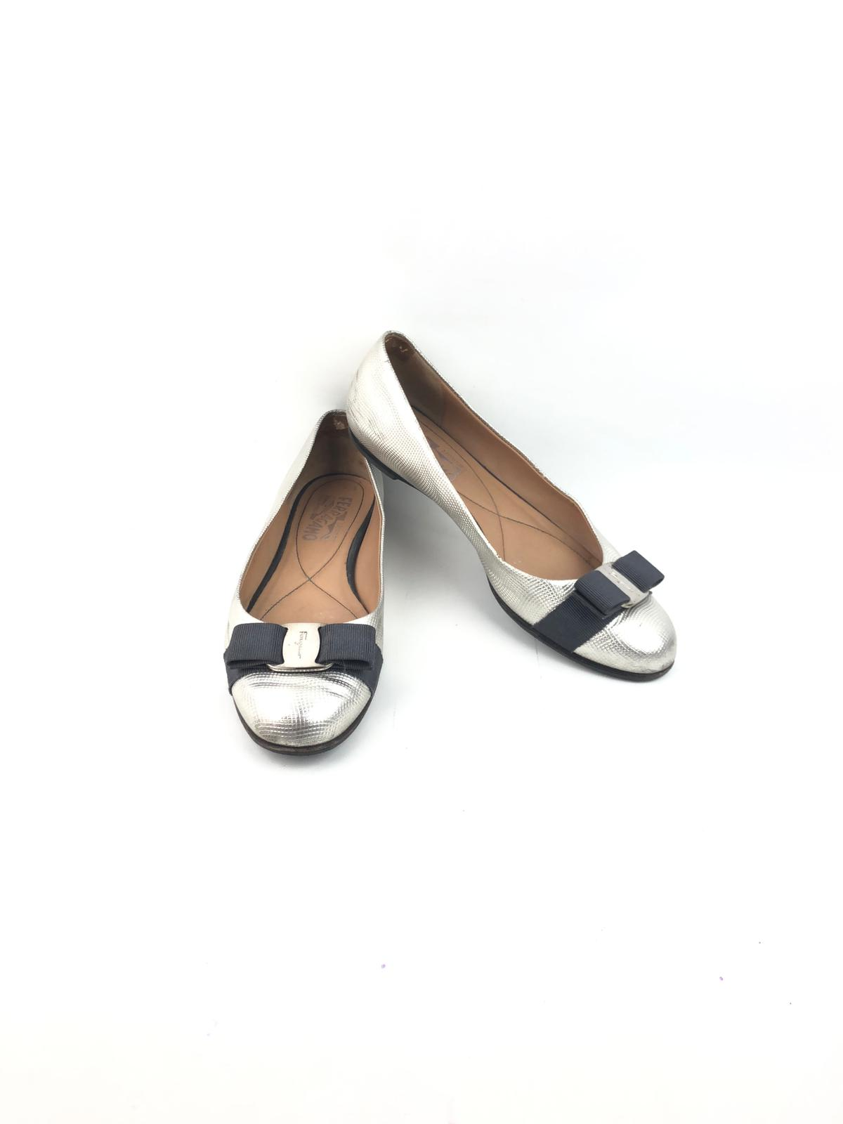 SALVATORE FERRAGAMO Silver Grained Leather Ballet Flats w/ Bows SHW