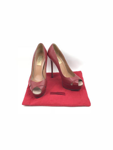 VALENTINO Grained Red Leather Pumps