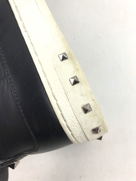 VALENTINO Black Leather Rockstud Sneakers
