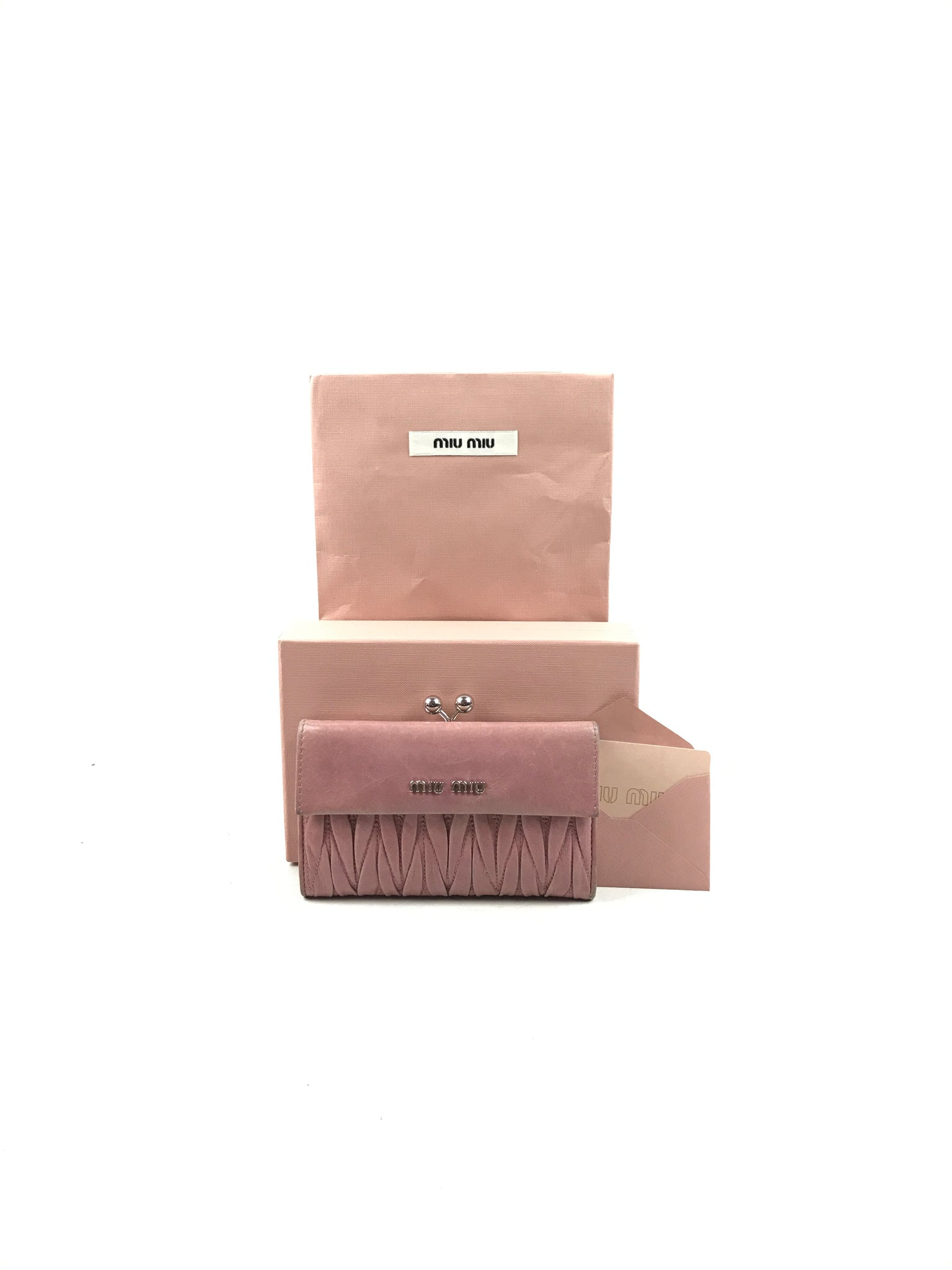 MIU MIU Light Pink Matelasse'Lux Leather Wallet