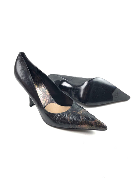 CHANEL Brown Smooth Leather Pointed Toe Low Heels w/Embossed Flower Detail