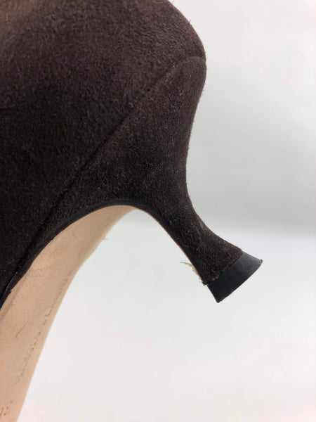 MANOLO BLAHNIK Brown Suede Kitten Heels