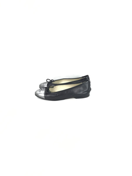 CHANEL Black Leather W/Silver Cap Toe Ballet Flats