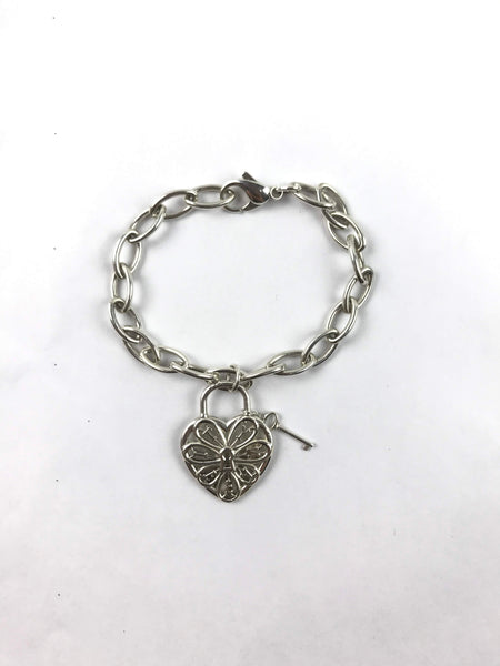 TIFFANY & CO. Sterling Silver Filigree Heart Lock & Key Pendant Bracelet
