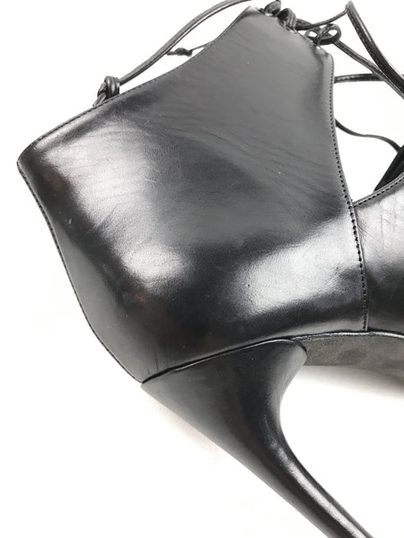 TOM FORD Black Smooth Leather Cut-Out Lace-Up Booties