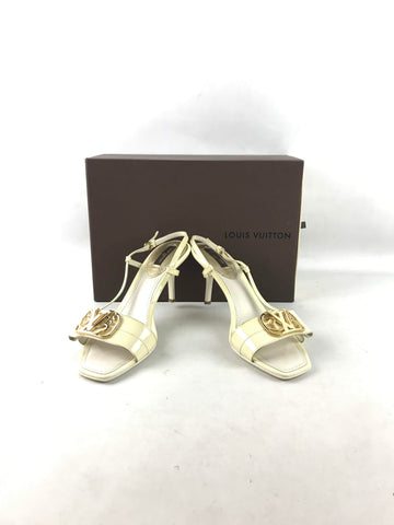 Louis Vuitton Ivory Patent Leather Open Toe Sandals w/GHW
