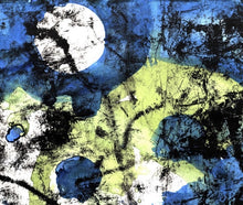 Laden Sie das Bild in den Galerie-Viewer, EC 105 - Moon in Blue