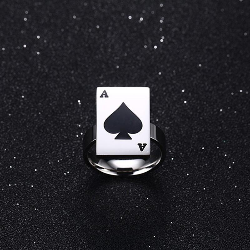Poker Heart Gambling Signet Ring