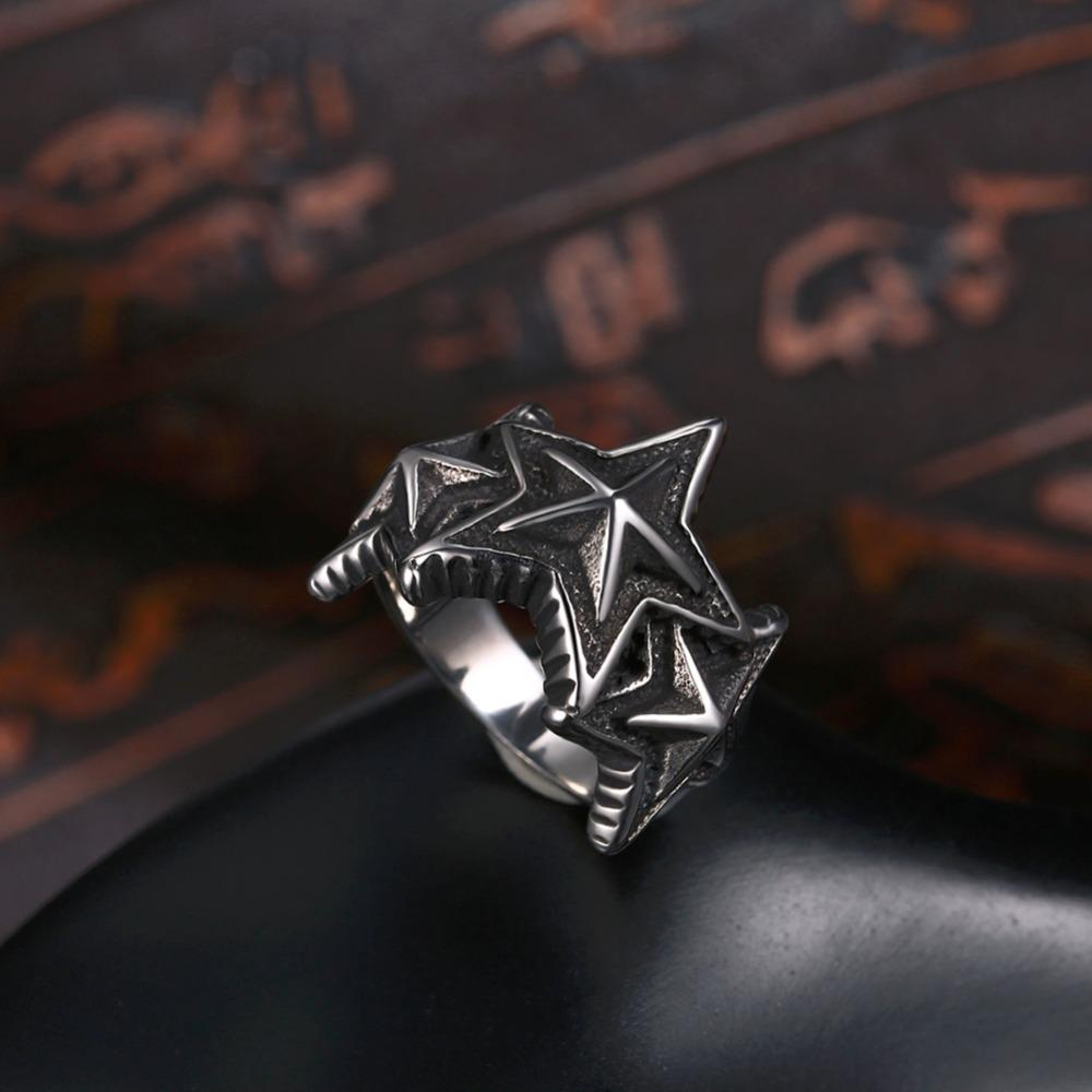 Five Point Star Ring