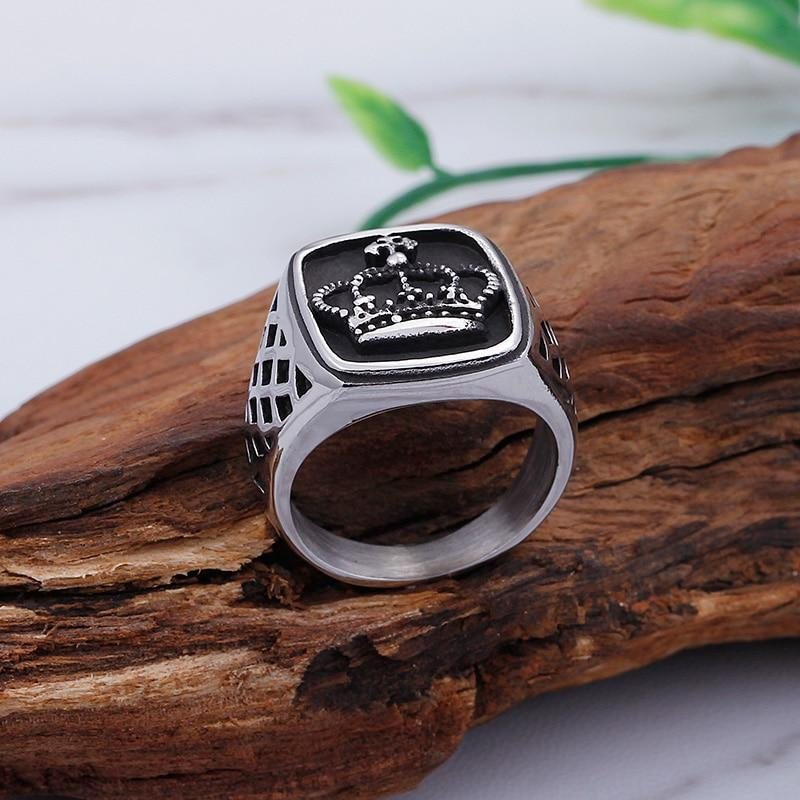 Imperial Crown Ring - BrapWrap