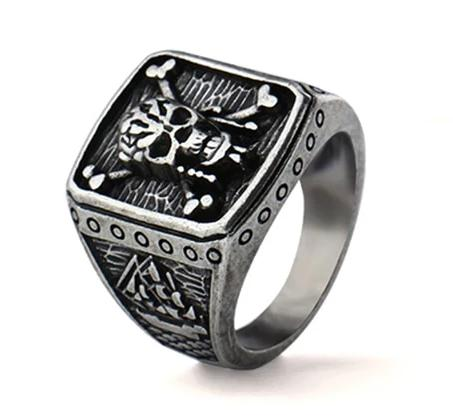 Pirate Skull Captain Ring - BrapWrap
