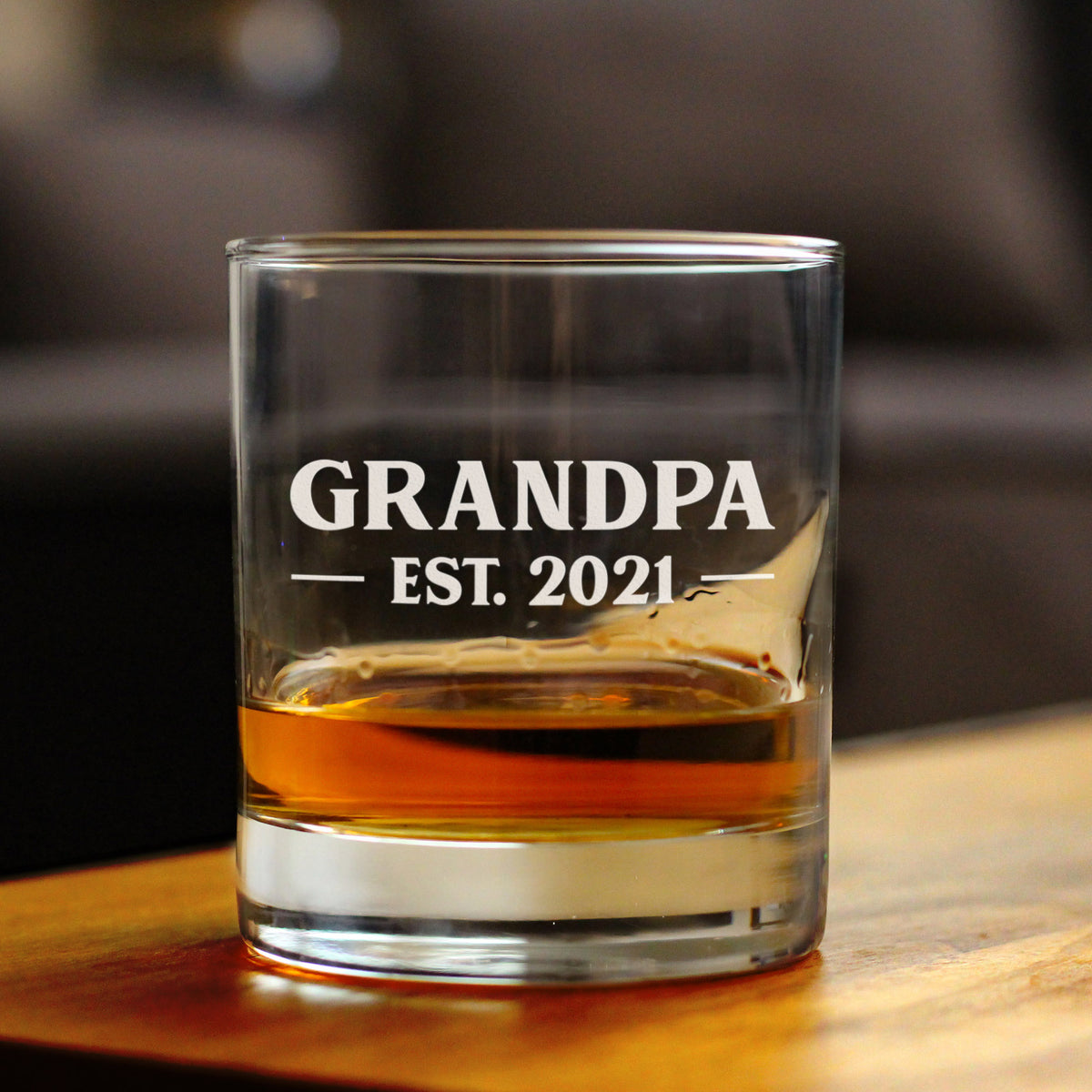 Grandpa Est. 2021 - Bold - 10 Ounce Rocks Glass