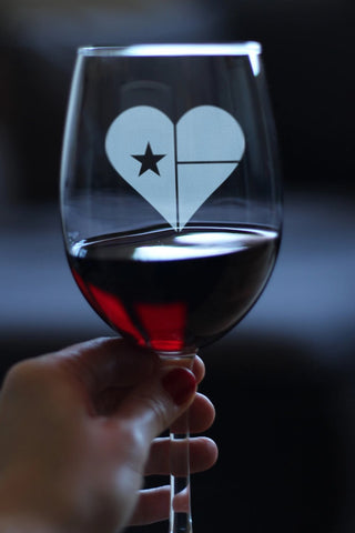 Image of Texas Flag Heart - 16.5 Ounce Stem Wine Glass