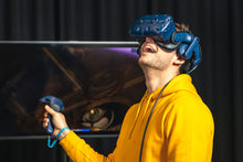 Laden Sie das Bild in den Galerie-Viewer, Virtual Escape Room in der Jochen Schweizer Arena