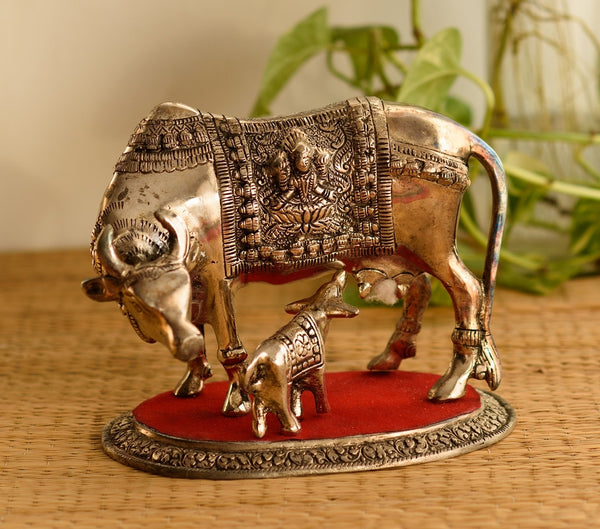 ecraftindia-white-metal-decorative-cow-with-calf-statue_1
