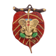 ecraftindia-lord-ganesha-in-green-dhoti-on-red-leaf-wall-hanging_1
