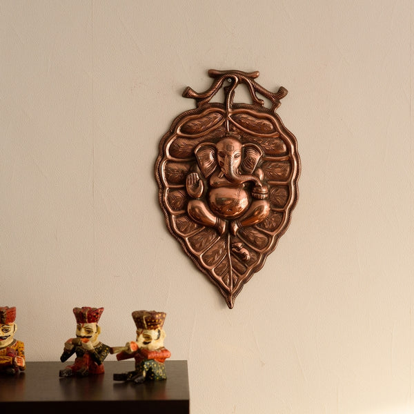 ecraftindia-lord-ganesha-on-leaf-metal-wall-hanging_1