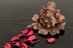 ecraftindia-metal-lord-ganesha-on-flower-brown_1