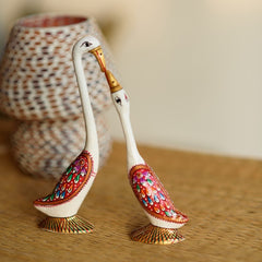 aswan500-ecraftindia-loving-swan-couple-white-meenakari-figurine_1