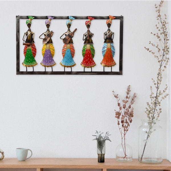 ecraftindia-set-of-5-tribal-women-playing-different-musical-instruments-colorful-decorative-iron-wall-hanging_1