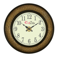wowwacm1814_f-ecraftindia-wooden-analog-round-metal-carving-wall-clock-golden-black-size-18-18-inch_1