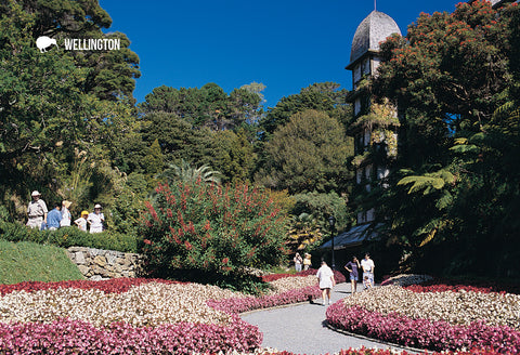 SWG986 - Wellington Gardens - Small Postcard - Postcards NZ Ltd