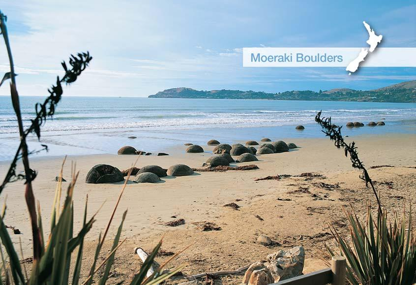SOT772 - Moeraki Boulders - Small Postcard - Postcards NZ Ltd