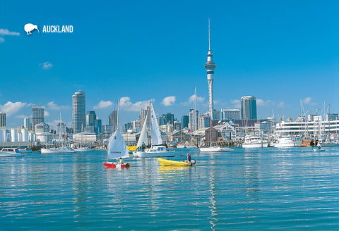 SAU109 - Auckland Waterfront And Sky Tower - Small Postcard - Postcards NZ Ltd