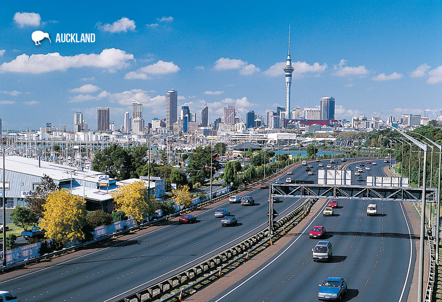 SAU96 - Auckland From Ponsonby - Small Postcard - Postcards NZ Ltd