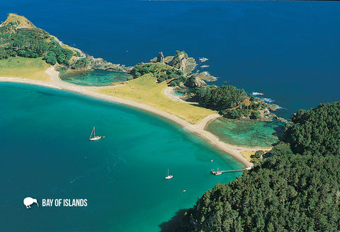 SBI150 - Roberton Island, Aerial - Small Postcard - Postcards NZ Ltd