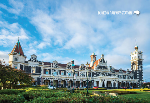 SDN483 - Dunedin Railway Station - Small Postcard - Postcards NZ Ltd