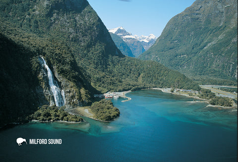 SFI47 - Mitre Peak, Milford Sound - Small Postcard