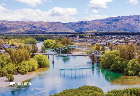 SOT383 - The Clutha River - Small Postcard - Postcards NZ Ltd