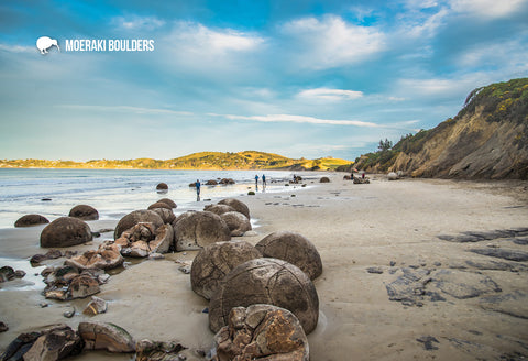 SOT761 - Moeraki Boulders - Small Postcard - Postcards NZ Ltd
